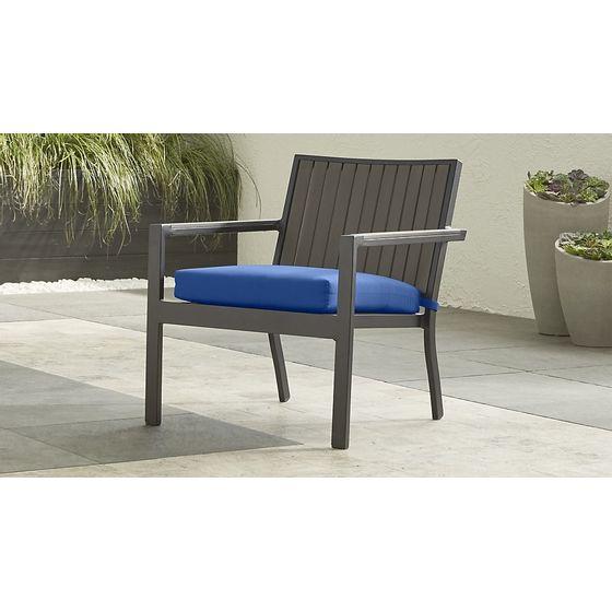 Silla-Lounge-Alfresco-con-Cojin-de-Sunbrella-Azul-Mediterraneo-IMG-MAIN