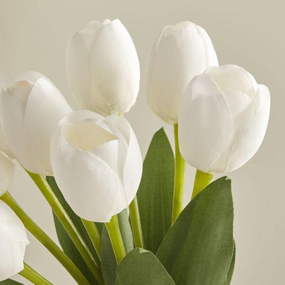 Ramo-de-Tulipanes-Artificiales-Blancos