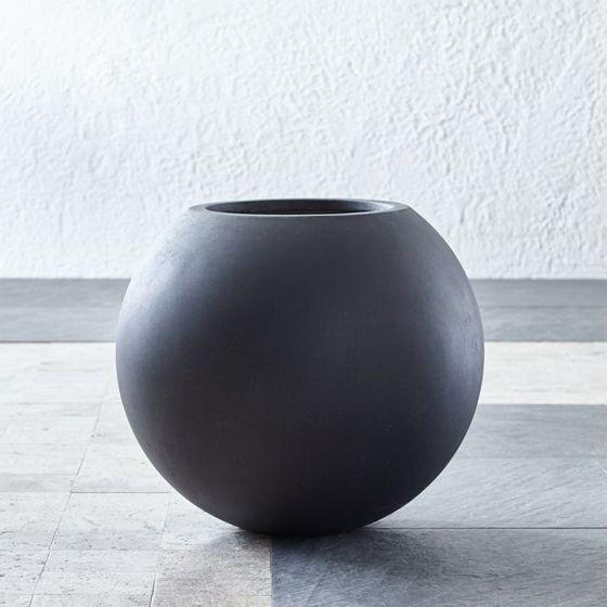 Matera-de-Esfera-Gris-Oscuro-Pequeña