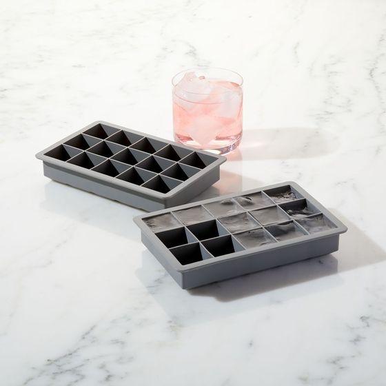 Set-de-2-Cubetas-de-Hielo-En-Silicona
