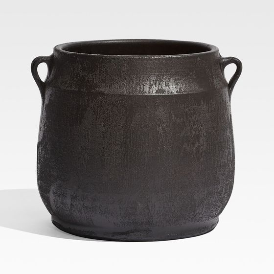 Matera-Hyrax-en-Negro-23x21-cm