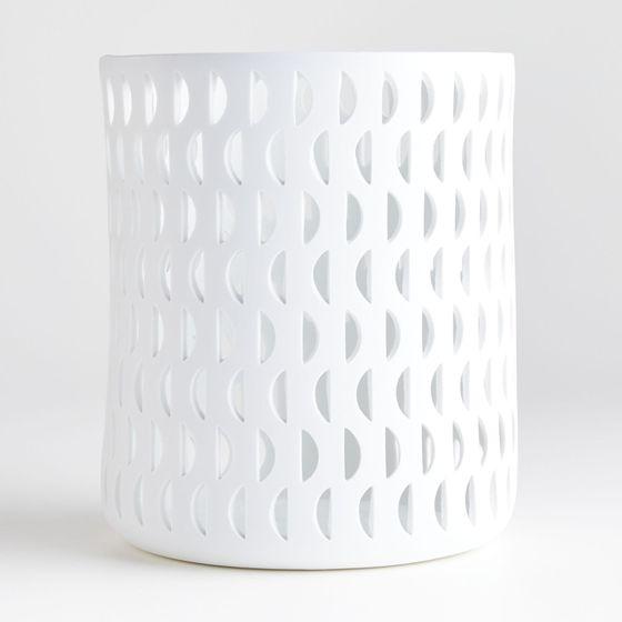 Candelabro-Cali-Moon-en-Porcelana-22x18-cm-